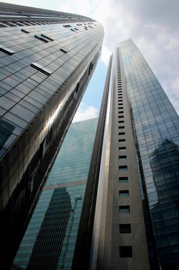 Rascacielos 1. Están todos juntos, pegaditos.