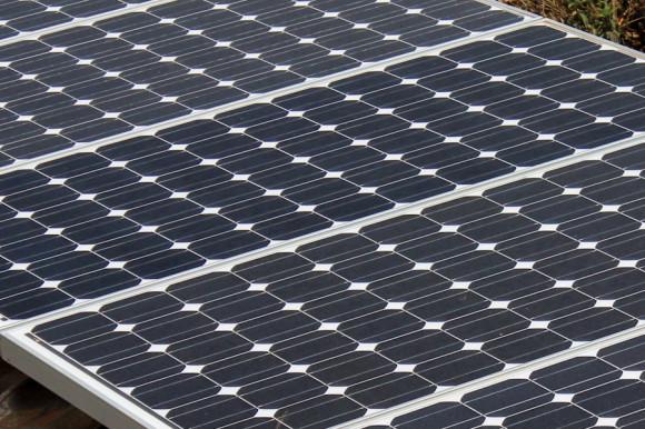 Sólo energía solar y agua de lluvia.