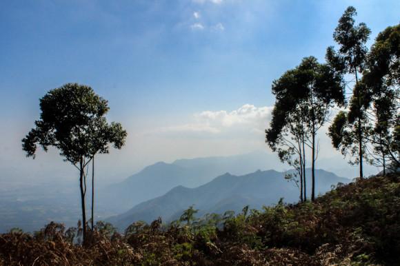 Una de las vistas de la cima de la montaña.
