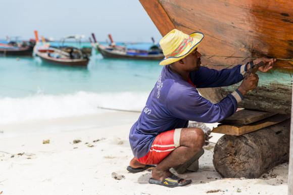Cuando no navegaban, se dedicaban casi exclusivamente a la construcción y reparación de sus barcos.