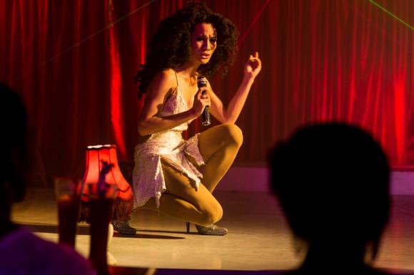 Y las noches de Chaweng, mucho más agitadas, con espectáculos de Ladyboys incluidos (en Moulin Rouge).
