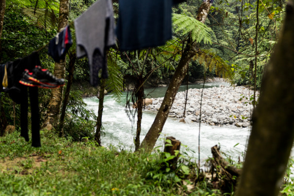 Es una buena idea llevar una toalla porque se llega empapado y si no es un día de sol, después del chapuzón en el río puede hacer frío.