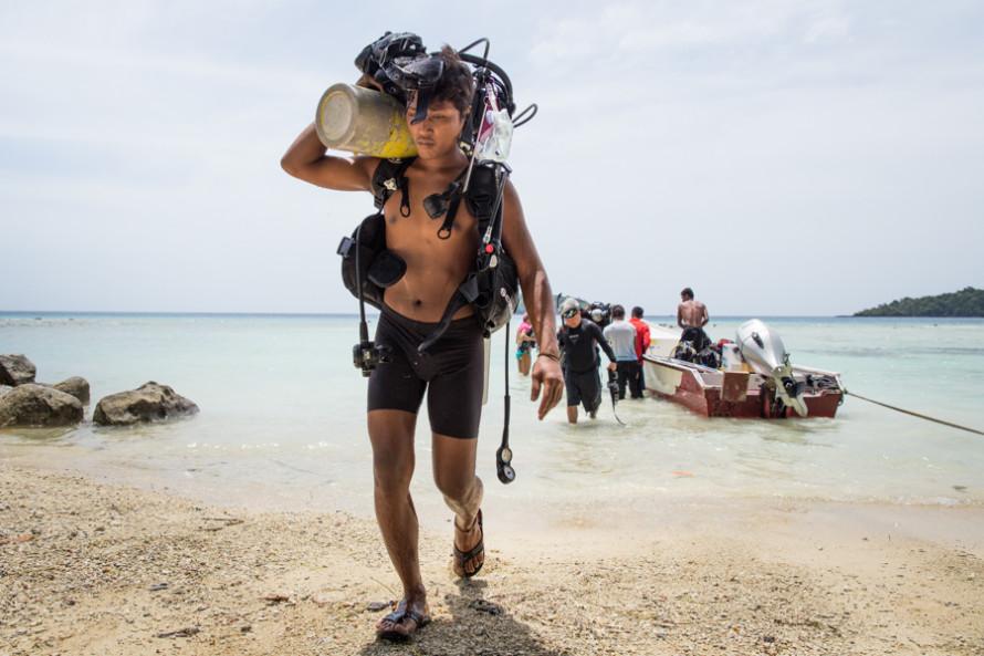 Aunque el atractivo principal de la isla es lo que pasa en las profundidades, hay algunas cosillas para hacer cuando se sale del agua.