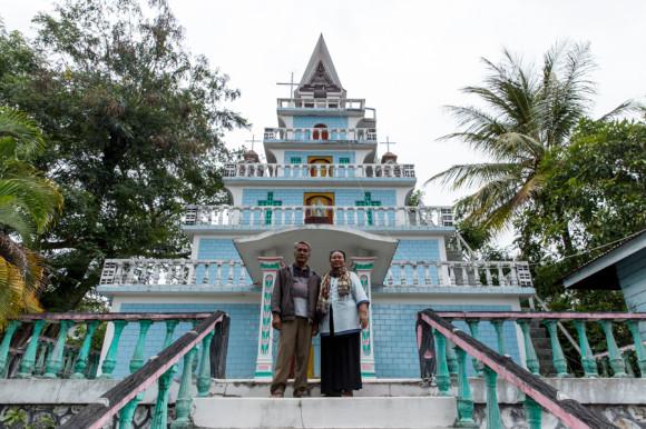 viajoscopio.com - Tuk Tuk, Samosir Island, Danau Toba, North Sumatra, Sumatra, Indonesia -285